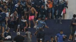 Por la violencia se suspendidó el partido entre Independiente y Atlanta.