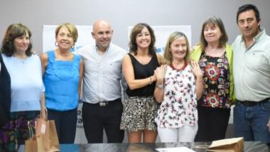 Gustavo Sastre y Noelia Corvalán en el reconocimiento a mujeres científicas e investigadoras.