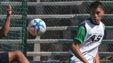 Ignacio Terán se desempeñó ayer como zaguero central por izquierda.