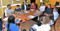 Encuentro. Los ediles escucharon las explicaciones de los miembros de la empresa y de la Municipalidad.