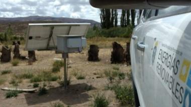 La solar es una de las energías que más se está utilizando en los campos del interior de la provincia.