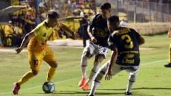 Por el gol de Fabricio Pedrozo, Atlanta derrotó 1-0 a Mitre en Santiago del Estero.
