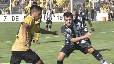 Deportivo Madryn impuso condiciones ante Cipolletti ayer.