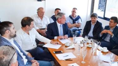 El gobernador participó del encuentro en Comodoro Rivadavia.
