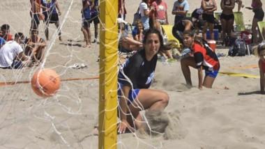 """el fin de semana, con más de 20 disciplinas, se desarrollará el Festival de Playa """"Antonio Torrejón""""."""