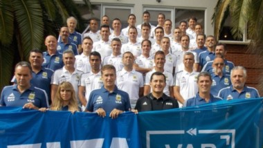 Miguel Savorani, en estos días, está realizando una capacitación brindada por FIFA sobre el V AR.