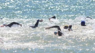 En el balneario de Playa Unión, se disputó la segunda fecha del Campeonato de aguas abiertas. Taibo en Caballeros y  Barrios en Damas triunfaron.