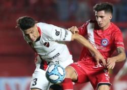 El elenco de Dabove se mantiene en zona de clasificación a Copa Libertadores. En tanto, el Patrón sigue en descenso.