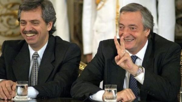 """Fernández: """"Qué el recuerdo de Néstor nos convoque a poner al país otra vez de pie"""""""