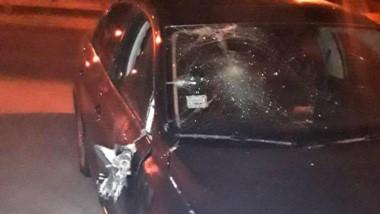 El automóvil del empleado que entraba a Aluar y produjo el siniestro.