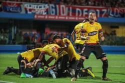 Barcelona aplastó 4-0 a Cerro Porteñ en Paraguay, y se metió en el Grupo A de la Libertadores.