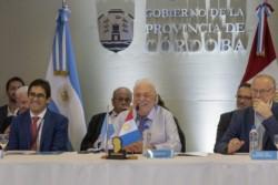 El ministro de Salud, Ginés González García, subrayó que no hay casos confirmados de la enfermedad en el país.