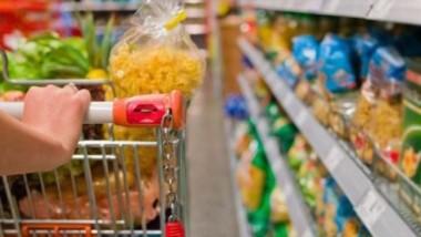Canasta de productos. Las diferencias entre la Patagonia y el resto del país se pueden observar en una serie bienes alimenticios y limpieza que se consumen cotidianamente.