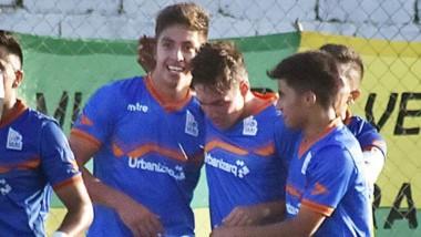 La CAI, en su último partido, derrotó a La Ribera por 1-0 en condición de visitante, en tiempo de descuento.