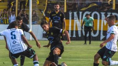 Deportivo Madryn no pudo vencer a Villa Mitre, tercero en la tabla de posiciones. Pero mantuvo  el cuarto puesto en la zona sur.