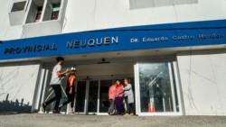 Se trata de una joven de Villa Meliquina que se encuentra internada en el hospital Castro Rendón, según explicaron desde el Ministerio de Salud.