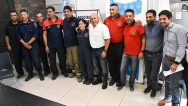 Gustavo Sastre explicó las tareas realizadas, el trabajo a futuro y agradeció la tarea de bomberos, vecinos y distintos comercios e instituciones.