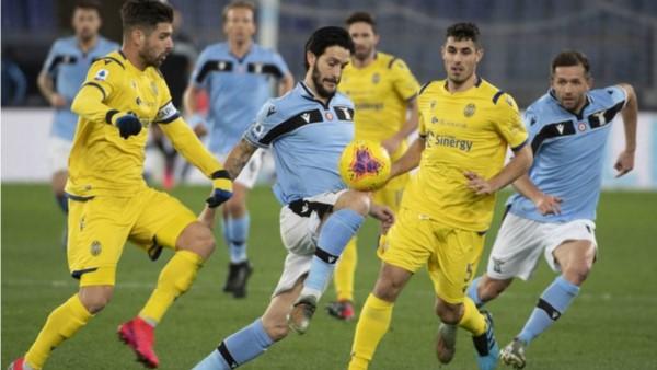 Lazio desperdicia la oportunidad de ser segundo al empatar con el Hellas Verona.