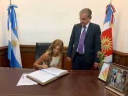Claudia Alejandra Ledesma Abdala de Zamora. Presidente de la Nación durante 33 horas.