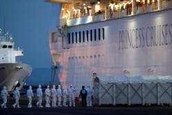 Un pasajero argentino del crucero en cuarentena en Japón tiene coronavirus.