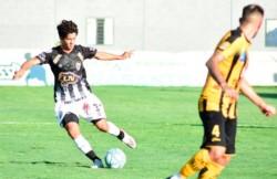 Mitre arrancó el año con una derrota ante Estudiantes en Caseros.