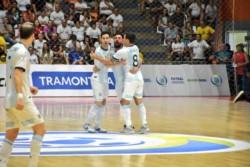 Argentina venció a Brasil por 3-1 y se consagró campeón invicto de las eliminatorias sudamericanas.