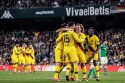 De Jong, Busquets y Lenglet anotaron en el triunfo catalán en Sevilla.