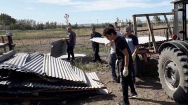 Autoridades del Ministerio de Desarrollo Social recorrieron el Centro Arturo Roberts luego del temporal.