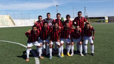 """En el estadio """"El Tehuelche"""" de La Ribera, Independiente le ganó a Deportivo Roca, por 3 a 1, en el partido de la primera fecha del torneo Apertura."""