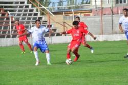 En el debut en el Apertura 2020, Huracán vapuleó a Ever Ready por 5-1 en el Centro Deportivo Trelew.