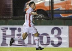 Por el gol del Demonio Hauche, Argentinos Juniors derrotó 1-0 a Cañuelas en Sarandí.
