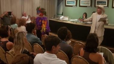 Diana Barrio y Gustavo Rodríguez realizaron una recreación teatral durante el 1º  encuentro en el MEC.
