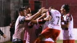 Por el gol en contra de Barsottini, Defensores de Belgrano derrotó 1-0 a Santamarina por la fecha 21.