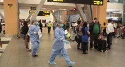 Pasajeros quedaron varados en el aeropuerto Jorge Chávez tras cierre de fronteras.