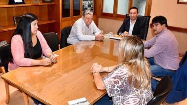 El cónclave entre Adrián Maderna y los diputados provinciales de Trelew se desarrolló en el despacho del intendente.
