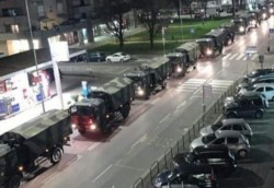 Desde la ciudad italiana de Bérgamo llegan estremecedoras imágenes de las fatales consecuencias del covid-19: un convoy de camiones del Ejército italiano cargados con cadáveres.