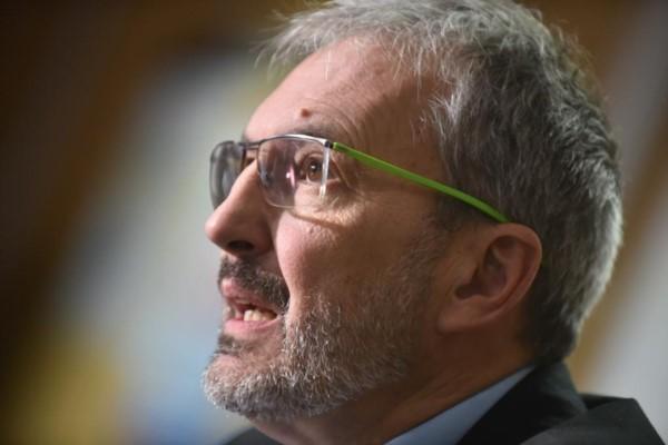 Ministro de Salud chubutense, Fabián Puratich. Fotos: Daniel Feldman/Jornada