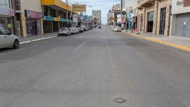 Calles vacías. Así lució Comodoro Rivadavia durante las primeras horas de este sábado.
