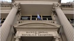 El Banco Central decidió que el sistema financiero debe retomar el procesamiento de cheques, denominada clearing.