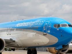 El Gobierno suspende las repatriaciones de argentinos en el exterior.