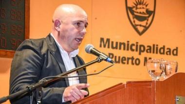 Sastre indicó que los penados no podrán acceder al descuento de impuestos, licitaciones y lotes sociales.
