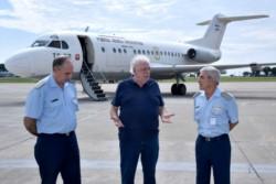 Esta mañana un avión Hércules partió rumbo a Chaco y Tucumán. Desde allí se repartirán respiradores para las provincias del NOA y NEA.