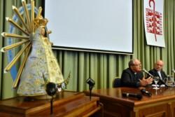Monseñor Oscar Ojea, titular de la Conferencia Episcopal, y su par monseñor Guillermo Caride dan a conocer un informe sobre la imagen de la Iglesia.