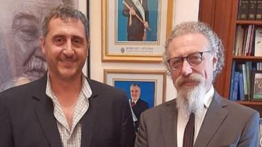 Alfredo Luenzo recibió en su despacho del Senado al presidente de Chubut Deportes, Gustavo Hernández.