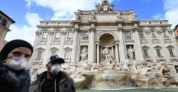 Italia cierra centros educativos y desaconseja besos y apretones de mano por el coronavirus.