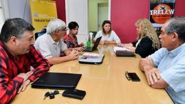 Ya trabajan en la organización de la Paella Solidaria