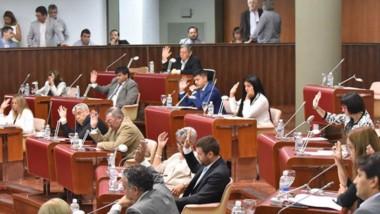 El paquete de medidas económicas enviado por el Ejecutivo contó con el apoyo de los diferentes bloques.