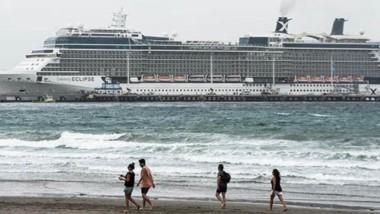 El fastuoso crucero,  Celebrity Eclipse, proviene de Punta del Este, con 2.660 pasajeros y 1.226 tripulantes y se dirige a Islas Malvinas.