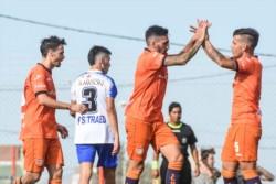 """Racing Club buscará la primera victoria de la temporada ante Alumni. En el debut, igualó 1-1 ante el """"Depo""""."""