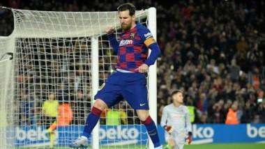 Con un dudoso penal anotado por Messi, Barcelona derrotó 1-0 a la Real Sociedad.